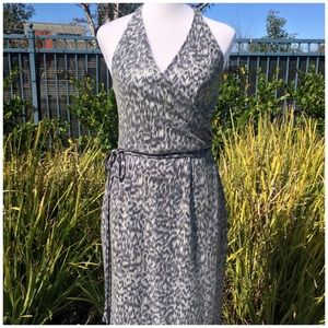 No name Dresses & Skirts - gray and white halter dress with sequins
