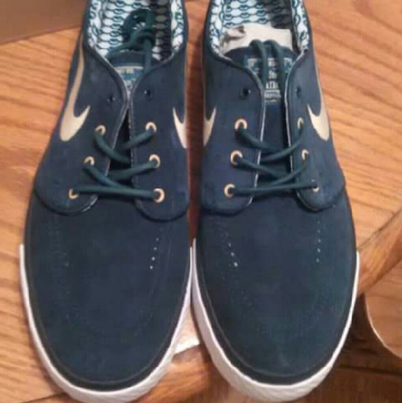 NIKE Shoes Mens Sz 9 New With Box Stefan Janoski Poshmark