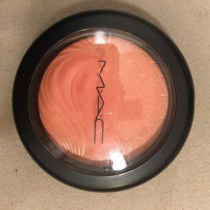 MAC In Extra Dimension blush