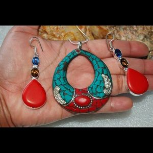 Lovely Boho multi Color Open Pendant & Earrings