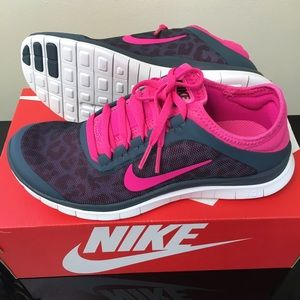 nike free 3.0 v5 pink and grey leopard running shoes
