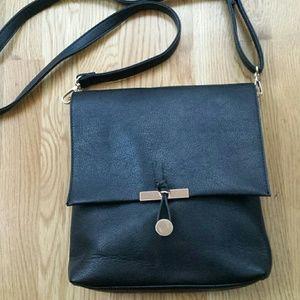 Black Xbody bag