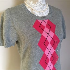 IZOD Tops - IZOD Gray & Pink Argyle Sweater NWT NEW! - Medium
