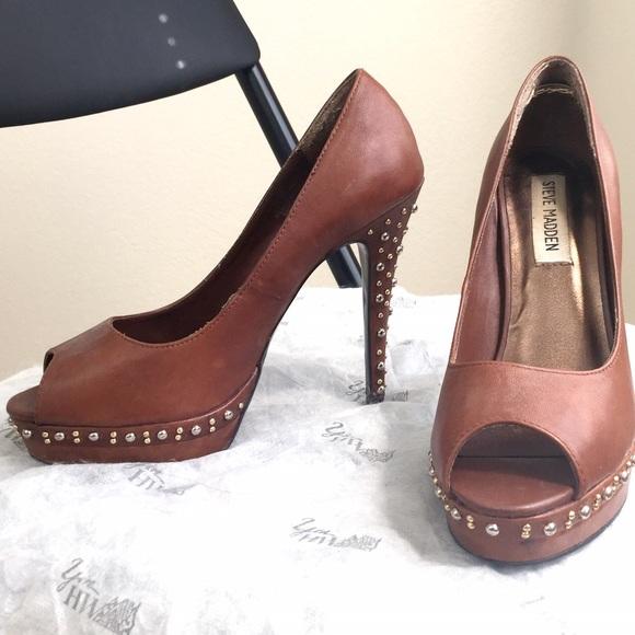 Steve Madden Shoes - Like NEW Steve Madden camel studded platform heels