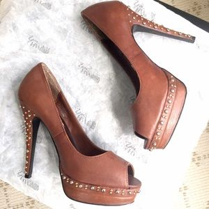 Steve Madden Shoes - Like NEW Steve Madden camel studded platform heels