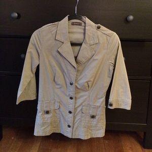 Military style 3/4 blazer