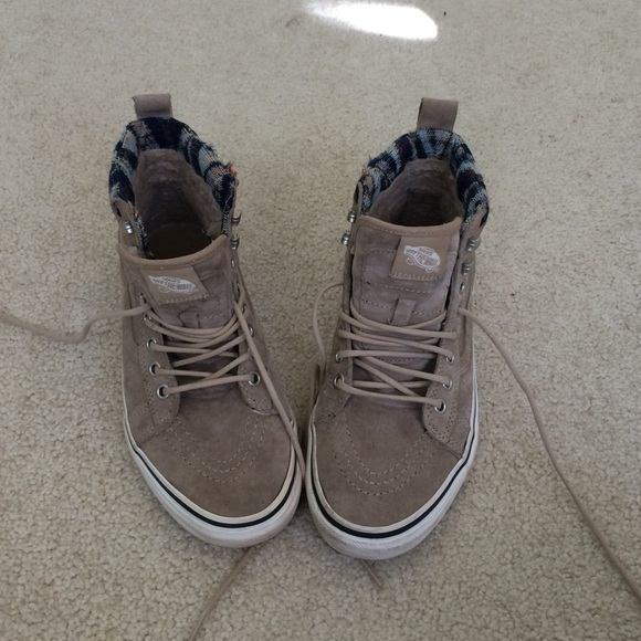 c8f59bfcd7 vans High Tops Weatherized. M 5685a25b7fab3adfb704df67. Other Shoes ...