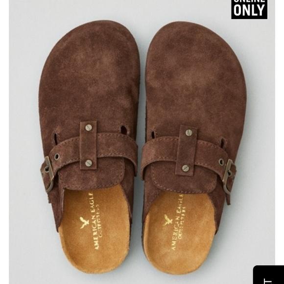 cd08b063d413 American Eagle Outfitters Shoes - American Eagle potato shoes!