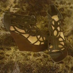 Wedge shoes size 7.5