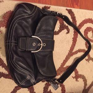 Black coach purse classic!
