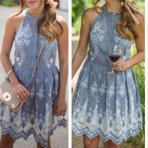 MOVING SALE❗️Cynthia Steffe Chambray Dress