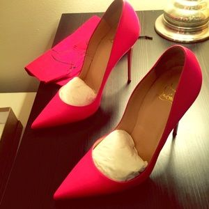 Authentic Christian Louboutin So Kate pumps  40.5
