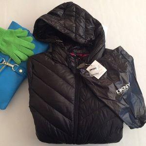 DKNY Jackets & Blazers - DKNY packable down jacket