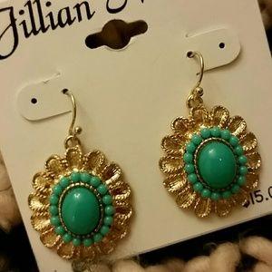 Jillian Michel Jewelry - GREEN 💚 STONE EARRINGS 🐢