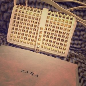 HOST PICK 🎉 Zara Studded Clutch FINAL DROP