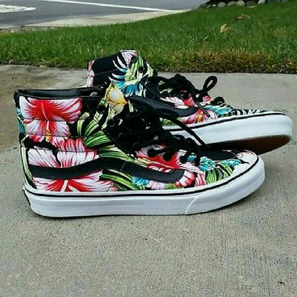 Vans Sk8 High Hawaiian Floral. M 56874d61a88e7d8e0200d76d 3e89af4be839