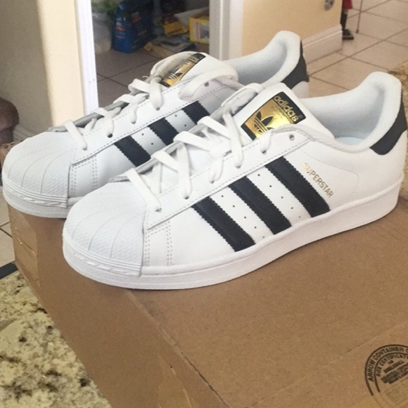 f15a91311534 New in box adidas superstar