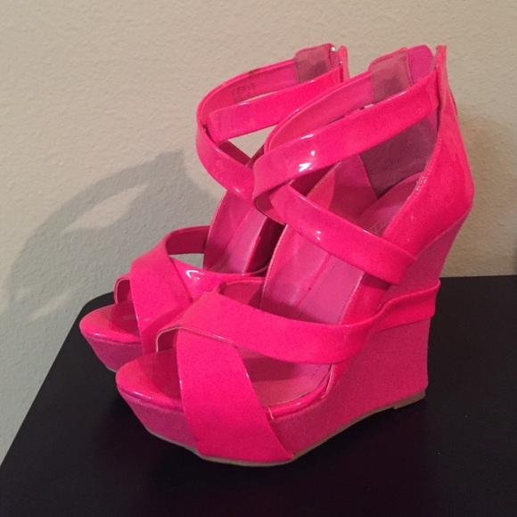 Shoe Dazzle Shoes | Hot Pink Wedges