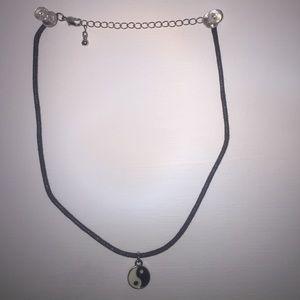 Jewelry - Ying and Yang Choker