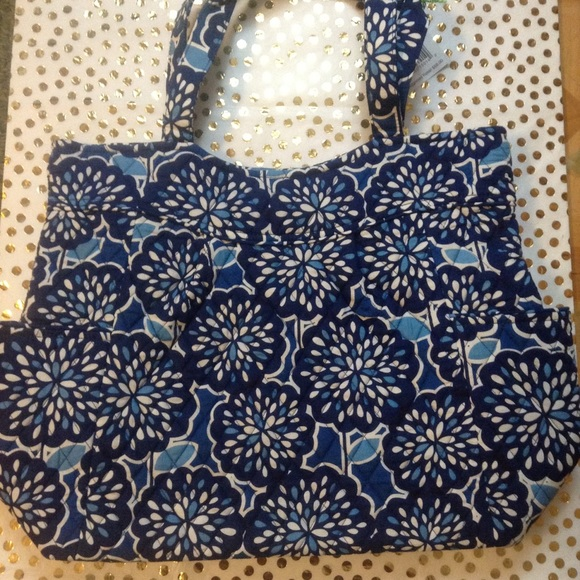 Vera Bradley Bags - NWT Petal Splash Pleated Tote