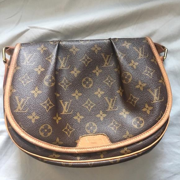 16ec61d9a762 Authentic Louis Vuitton Menilmontant pm crossbody
