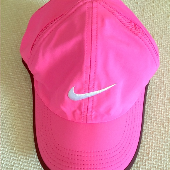 14cc996d0add5 Pink Nike Dri-Fit Baseball Cap Featherlight
