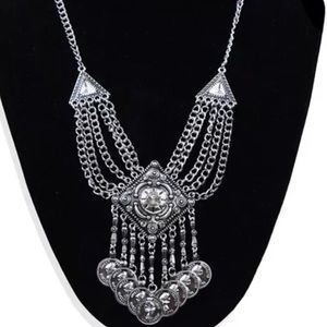 Jewelry - Fashion lovers necklace