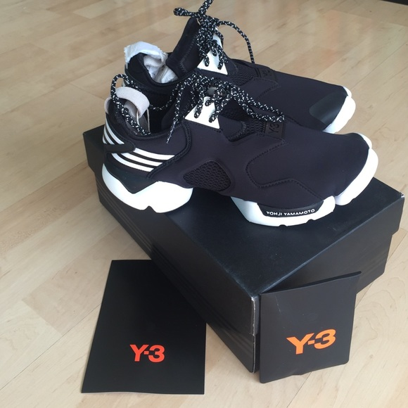 y 3 shoes sold y3 yohji yamamoto adidas black sneakers. Black Bedroom Furniture Sets. Home Design Ideas