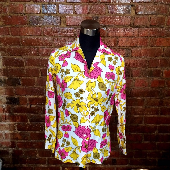 Vintage Tops - HALF OFF SALE | Vintage 60s/70s Floral Top