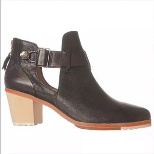 Matt Bernson Shoes - Matt Bernson Black Booties 9.5