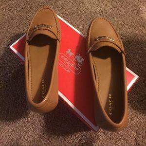 ce1a931d255 Coach Shoes - 🏉Coach Fredrica Classy Penny Loafer Moc in Tan