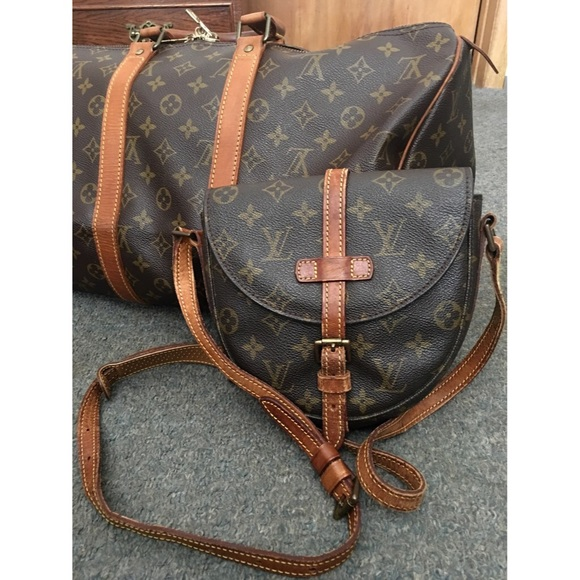 9324834e89a0 Louis Vuitton Handbags - AUTHENTIC LOUIS VUITTON CHANTILLY MM CROSSBODY BAG