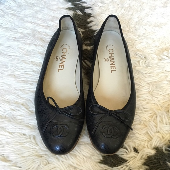 2fabf94a8f7e76 CHANEL Shoes - 💯Chanel Flats size 38 7.5 Black Pebbled Leather