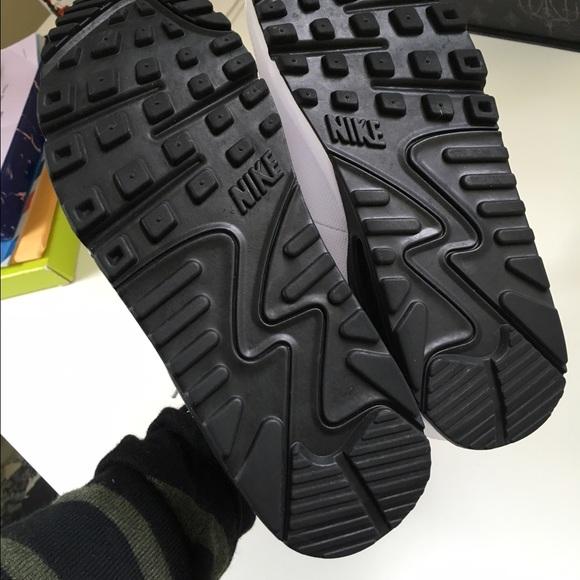 Nike Shoes - Nike Air Max 90 Black & White