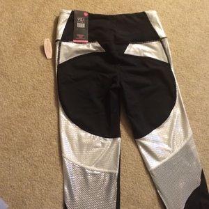 Victoria's Secret Pants - VS knockout tights