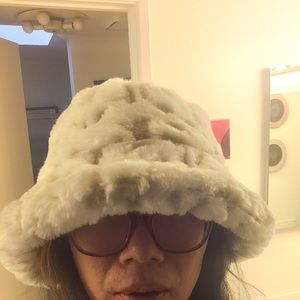 Kangol Accessories - Kangol faux Fur HIP HOP hat Frm Great Britain 🇬🇧