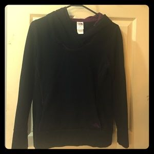 Womens north face pull over with a hood