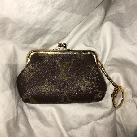 Louis Vuitton Bags | Vintage Kiss Lock Coin