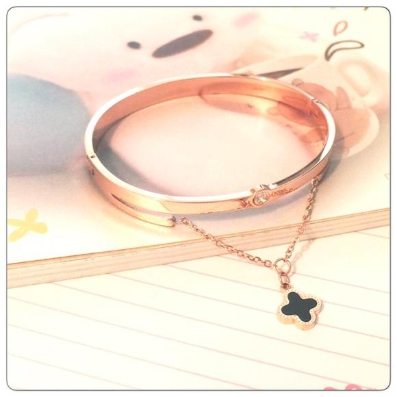 Jewelry Rose Gold Hanging Black Clover Charm Bangle Poshmark