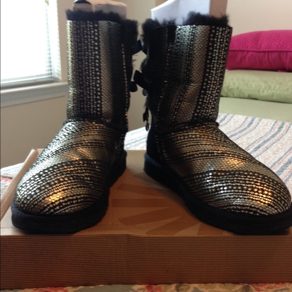 35d3609d05d Bling Bailey Bow Uggs Authentic