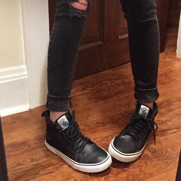 0f1d9cec7dbbd5 Vans Sk8 Hi MTE black leather hi-top sneakers. M 5689b517ea3f36b63d00a19a