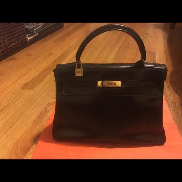 6d3a1af809a2 Hermes Handbags - Vintage Hermes Kelly 32 !