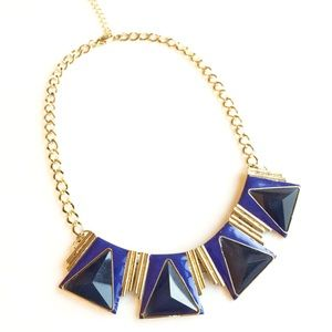 Shades of blue statement necklace