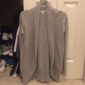 Gray long sleeve cardigan