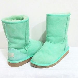 Sold onⓜ🚫Auth UGG Mint Green Classic short boots