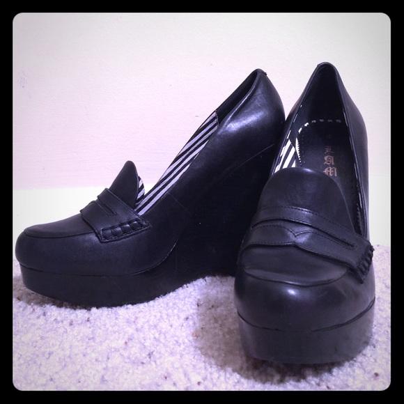 f8c0054f065 L.A.M.B. Shoes - L.A.M.B. Black wedge penny loafers NEW
