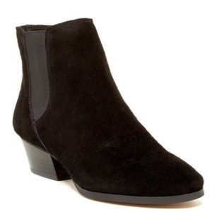 Vince Camuto chelsea boot