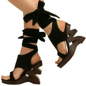 I Zig It Heel. Sold out online!