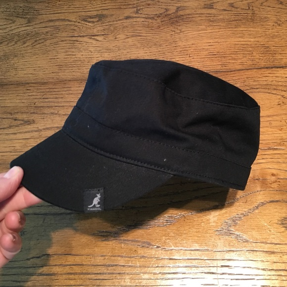 2754eb20b84 Kangol Accessories - NEW Black Kangol Army Cap