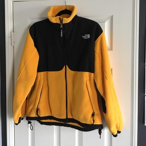 b2ed4234cdf5 North Face Fleece Yellow Jacket. M 568ace50c7dcbfbf3509ac18
